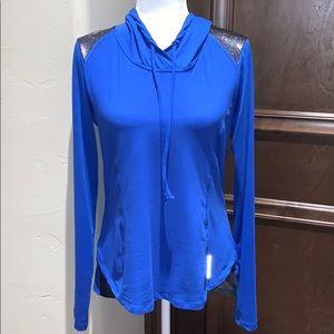 Marika hooded pullover